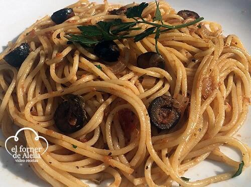 Espaguetis a la Siciliana