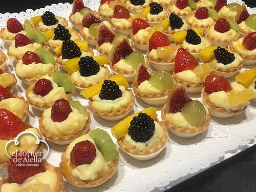Mini tartaletas de crema y frutas_JM