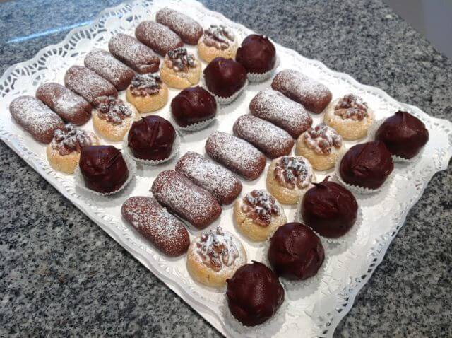 Panellets de chocolate, vainilla y coco bañado en chocolate04