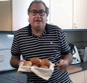 El Forner presenta los panes de cebolla