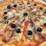 Pizza de Hojaldre con Atún y Anchoas