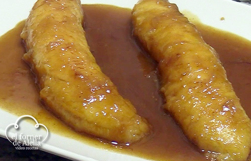 Plátanos de Canarias flambeados al Ron